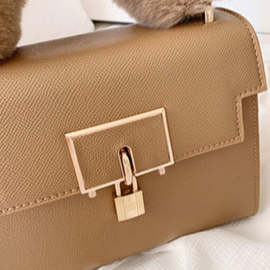 Lovely Chic Chain Strap Khaki Crossbody Bag