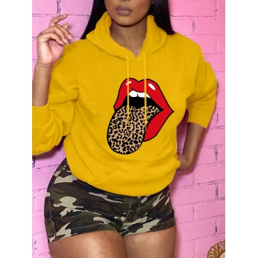 Lovely Casual Hooded Collar Lip Print Yellow Hoodi